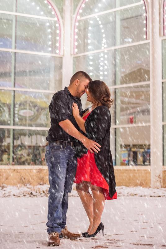 Proposal Couple Winter Lights GT Mall