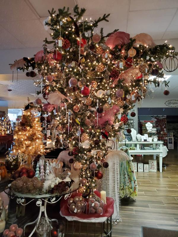 Upside Down Christmas Tree at The Kean's Store Co.