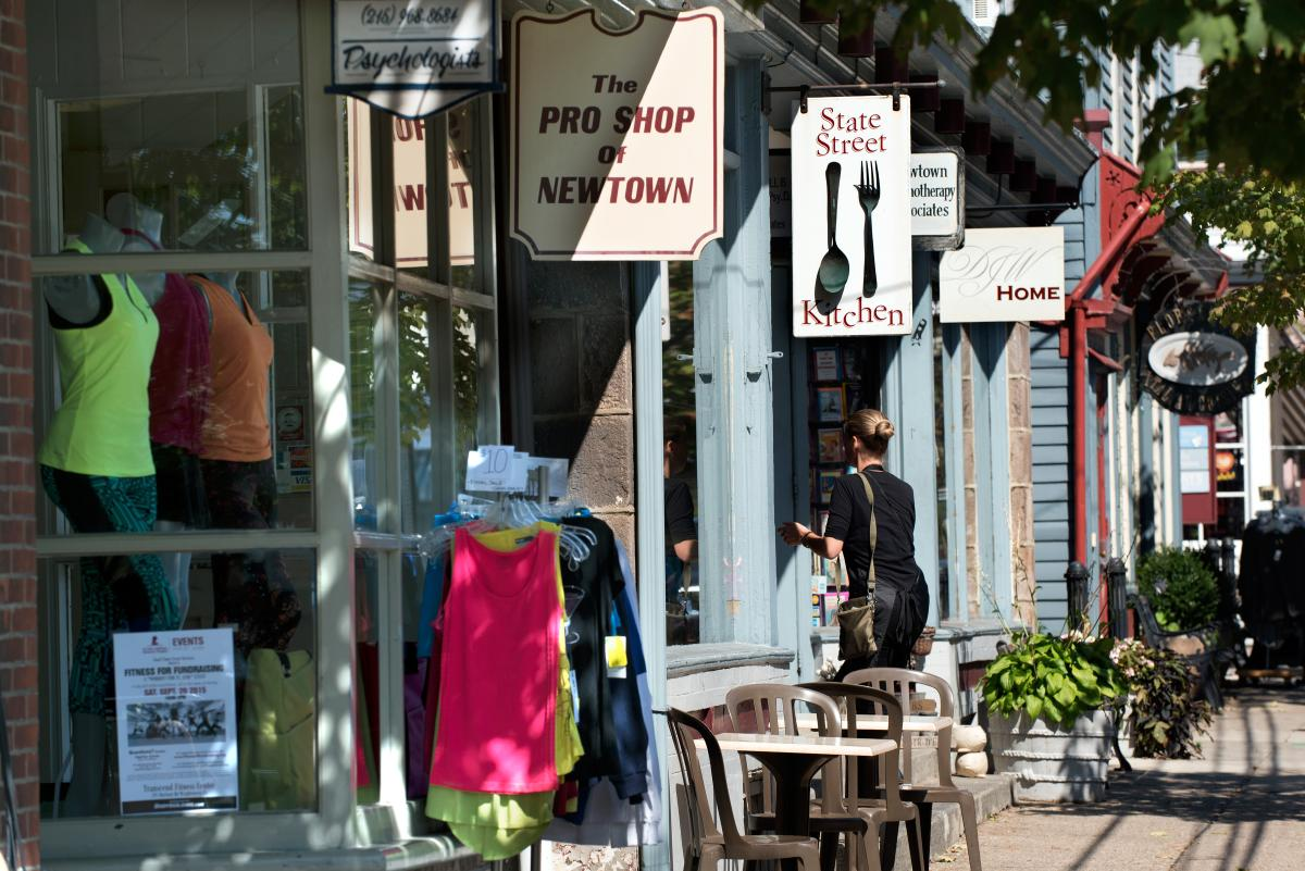 With a main street lined with unique shops, taverns and restaurants as well as a bustling festival calendar, there is always something to see and do in Newtown.
