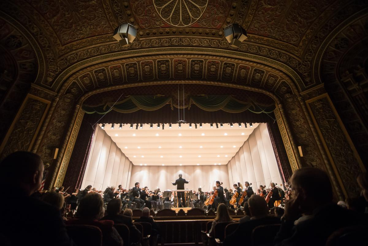 Fort Wayne Philharmonic in concert at Embassy Theatre