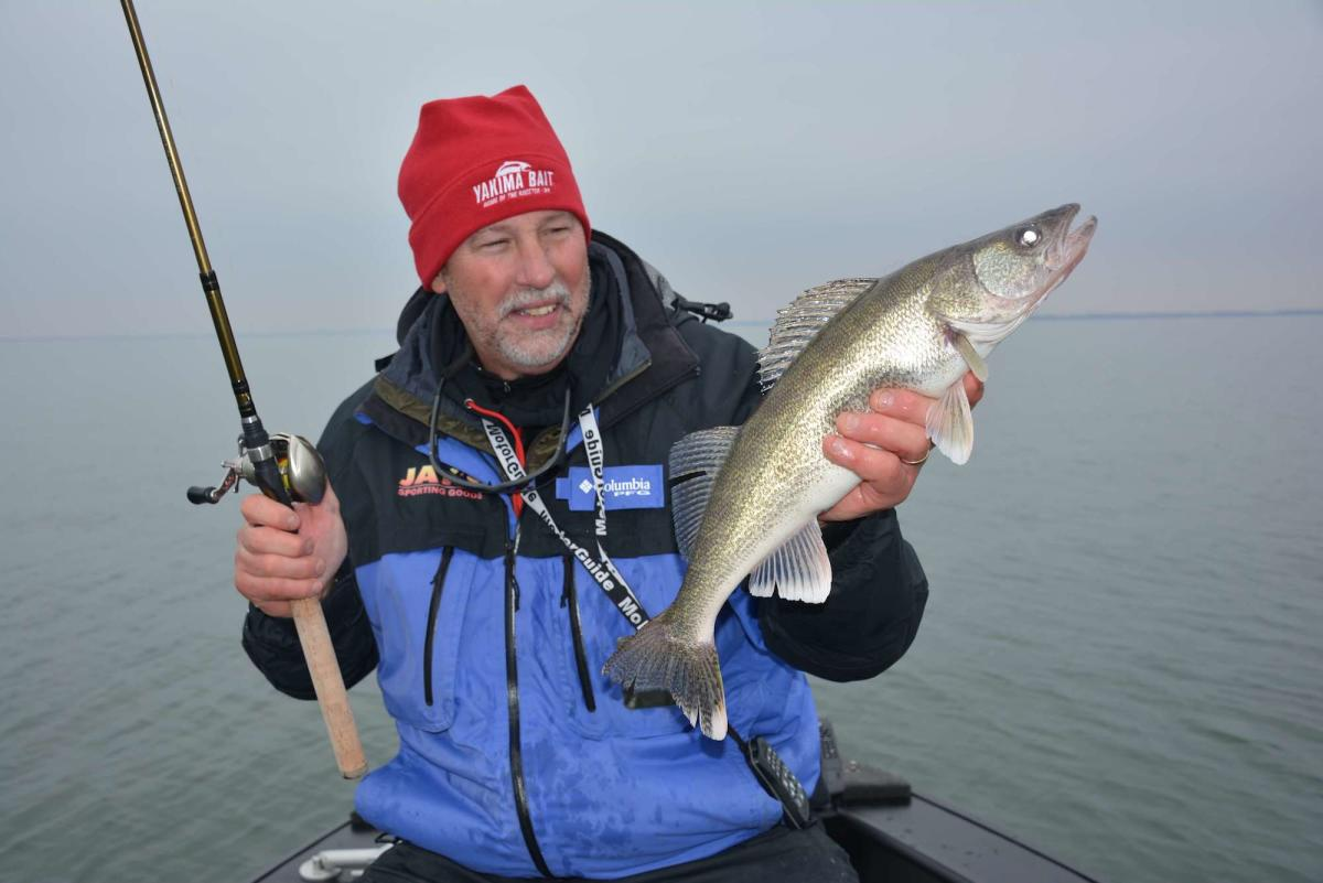 Saginaw Bay Walleye Fishing - Spring