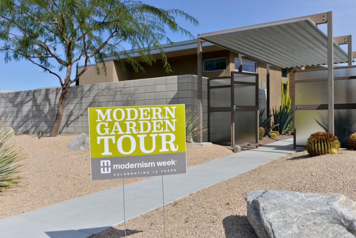 modern garden tour