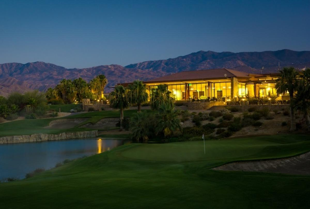 Desert Willow clubhouse