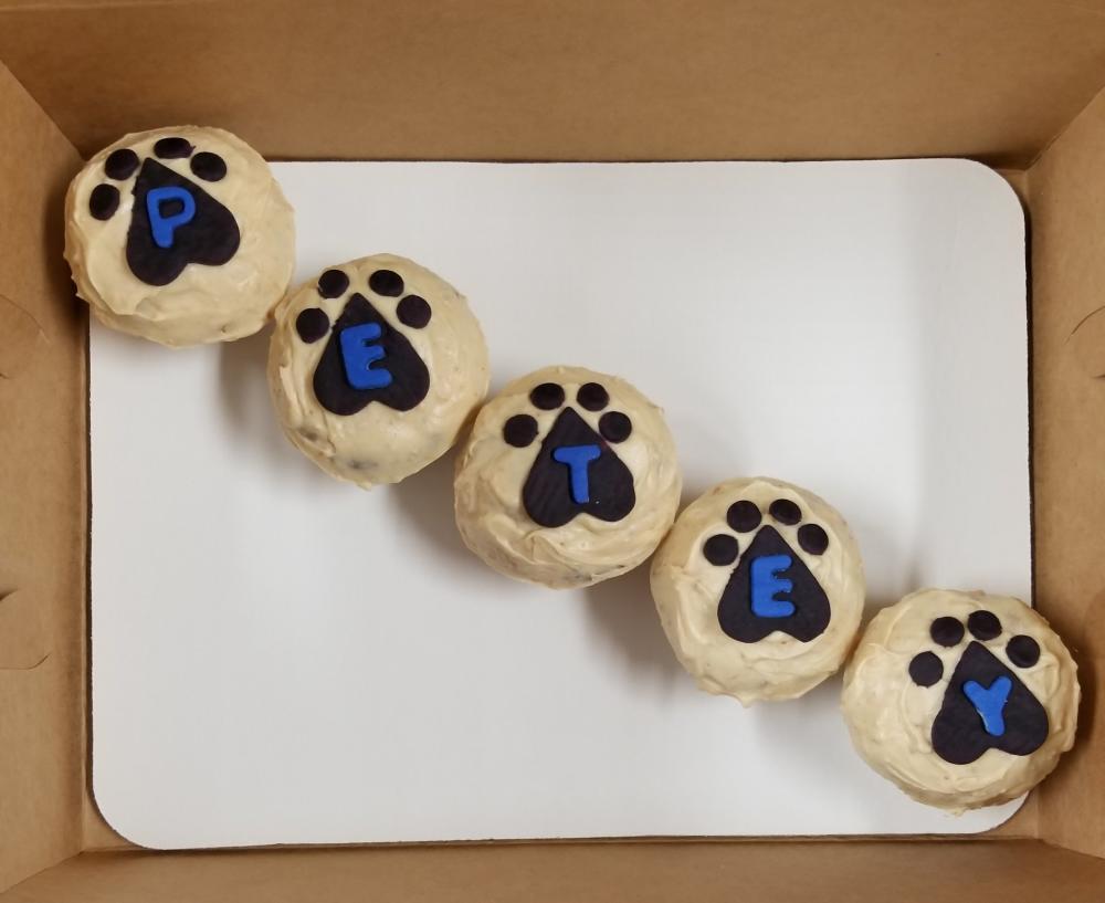 Bones Du Jour Cupcakes
