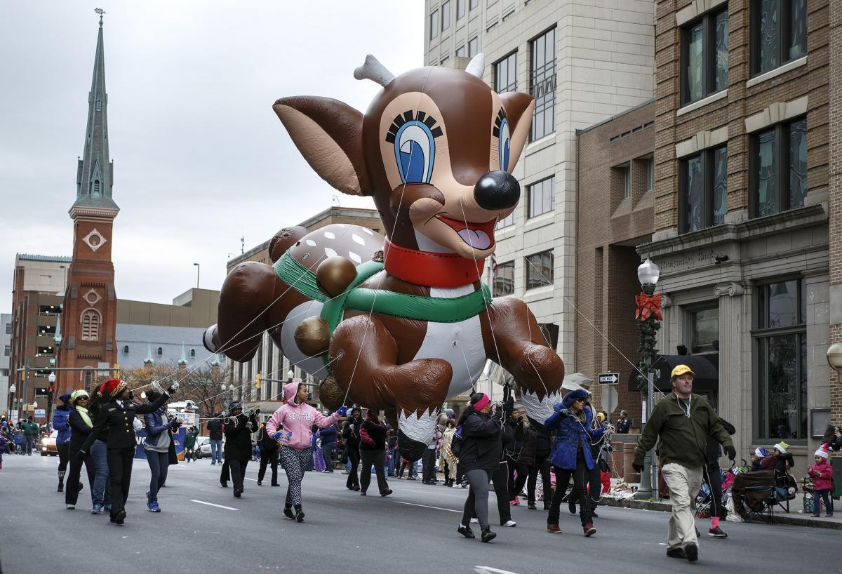 Holiday Parade 2014