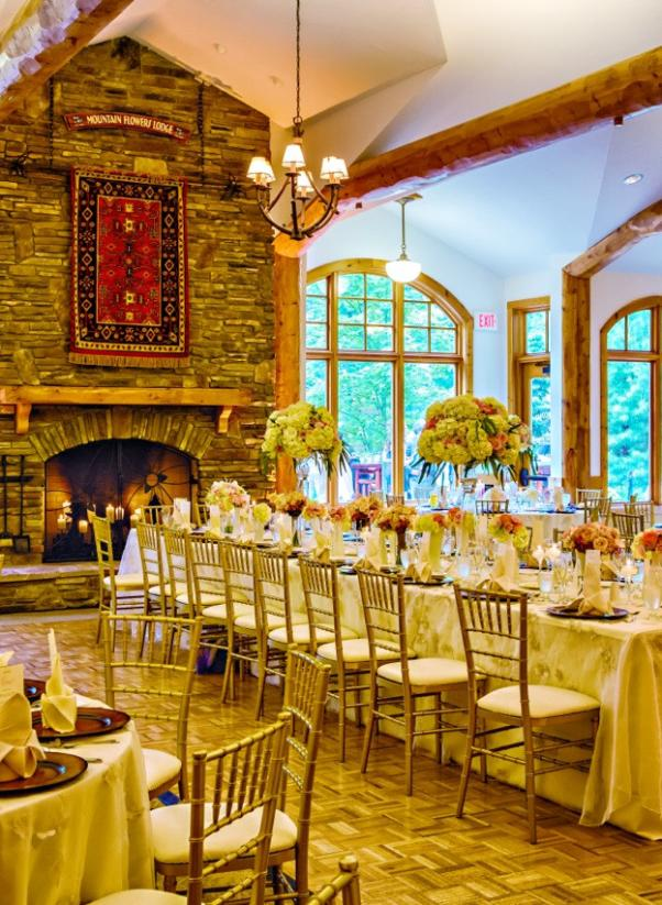 Mountain  Flowers Great Room