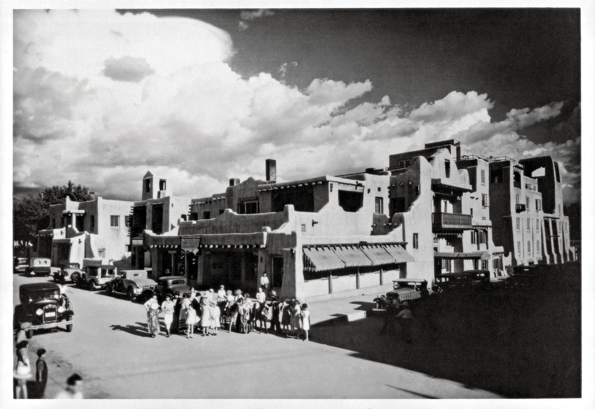 La Fonda on the Plaza circa 1920s