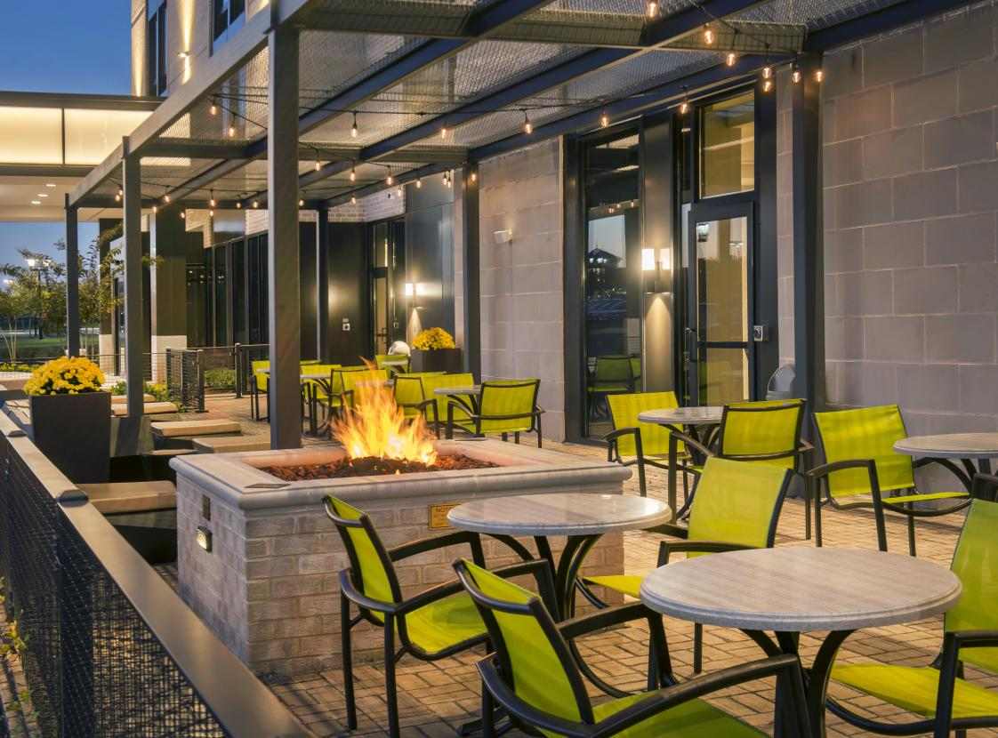 Outdoor seating w/Fire-pit
