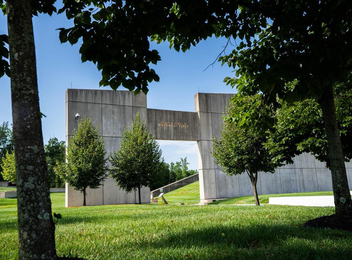 Semper Fidelis Memorial Park - Entrance