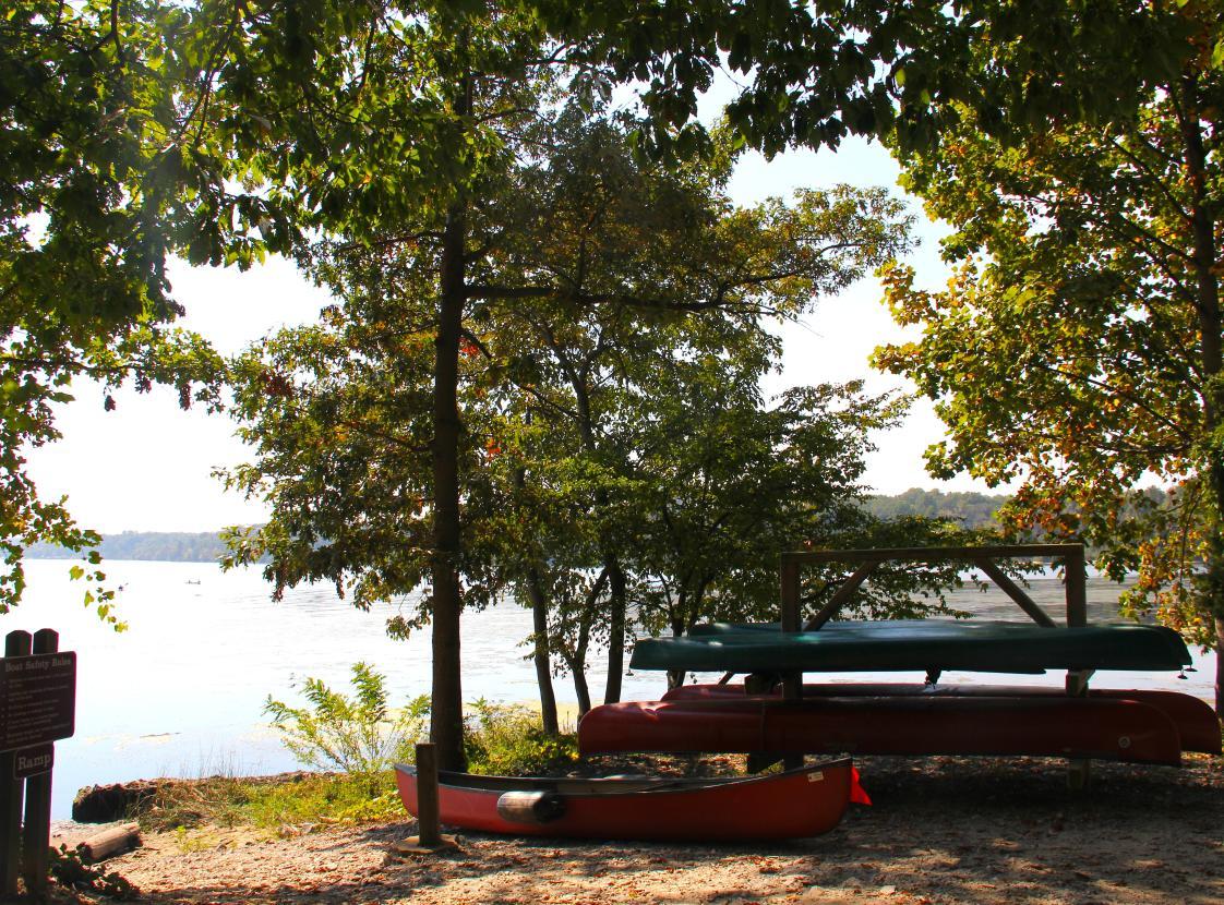 canoes at Leesylvania