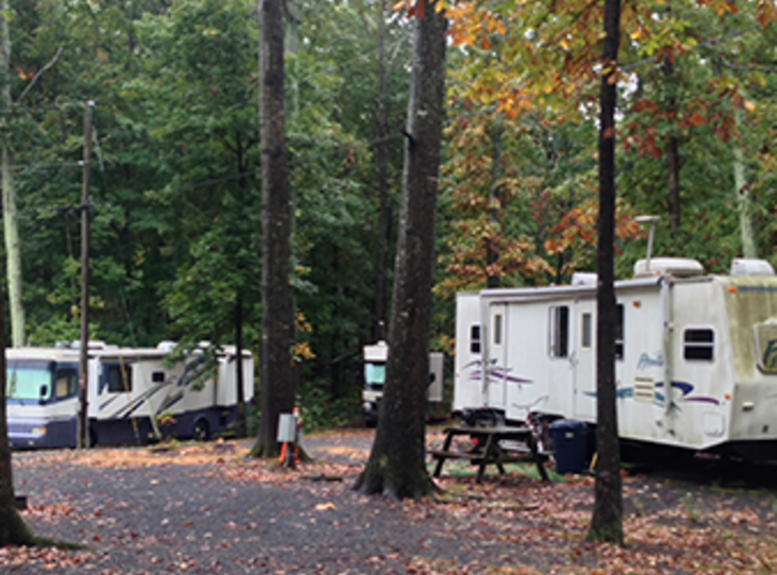 HILLWOOD CAMPING & RV PARK