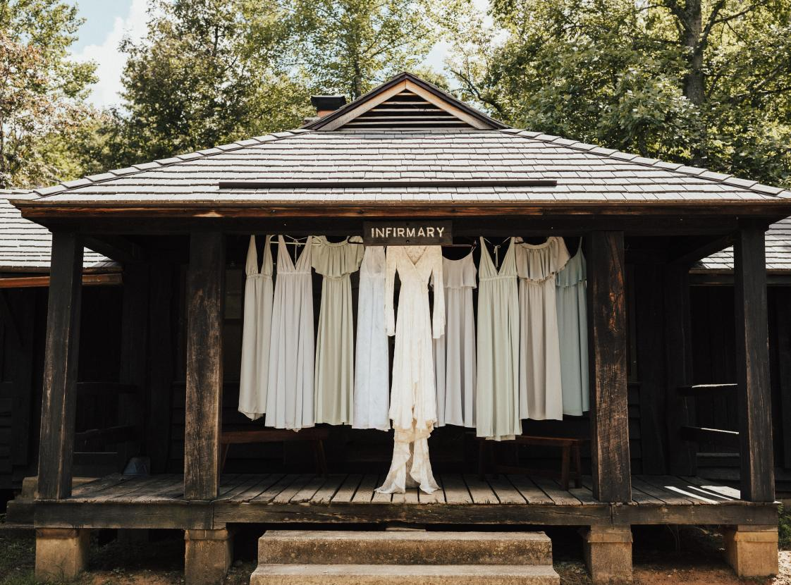 Getting Ready - Wedding at Cabins