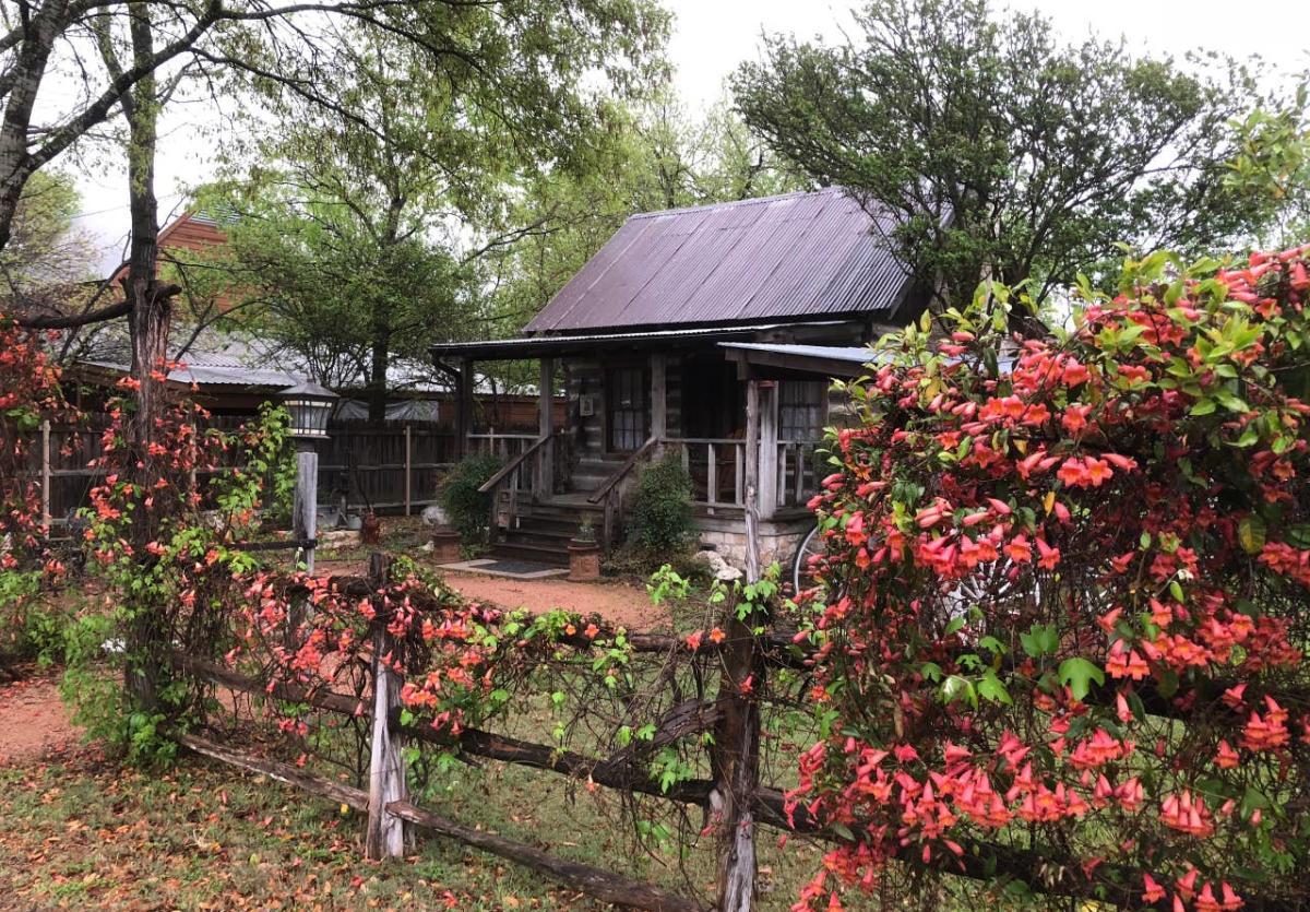 Abigail's Cabin New
