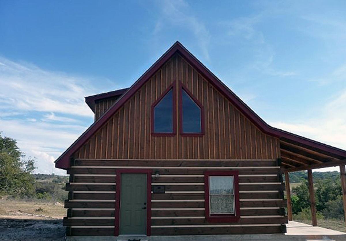 Agarita Farms Braeutigam and Behrends Cabins 1