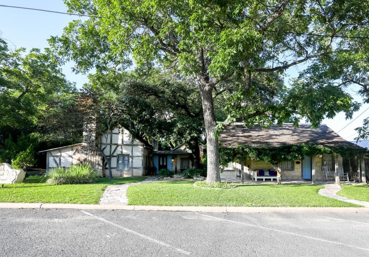 Austin Street Retreat New