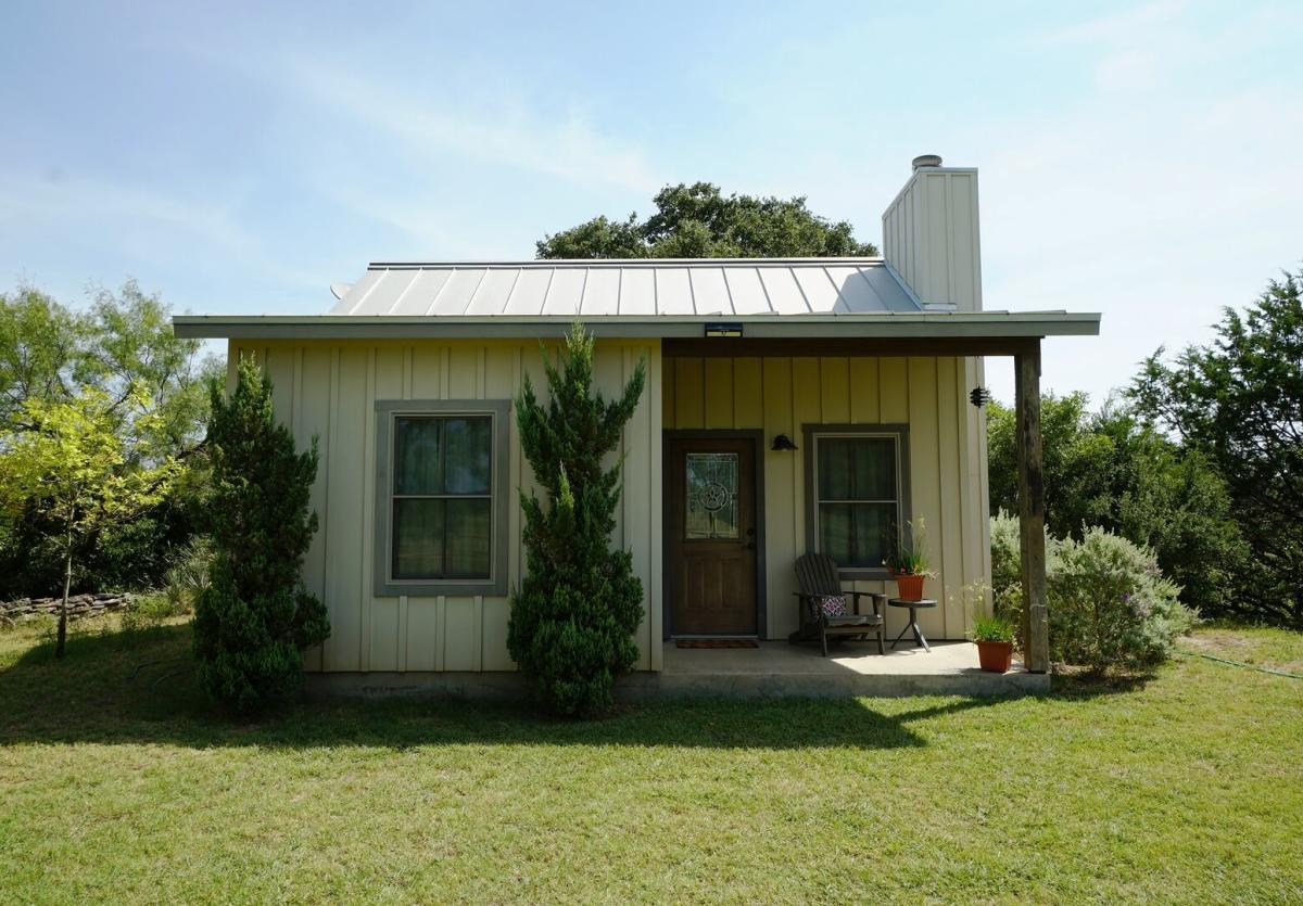 Cottage on Bear Creek Bluff