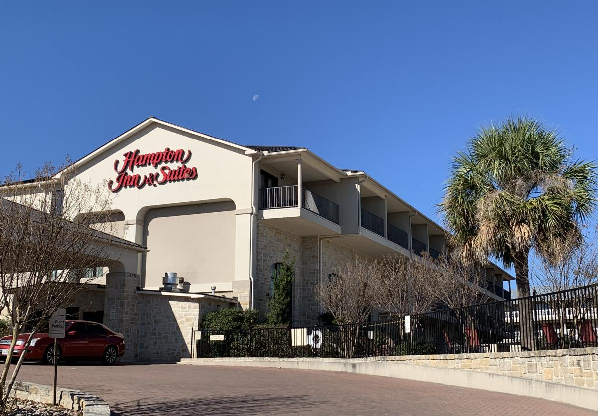 Hampton Inn & Suites - Fredericksburg