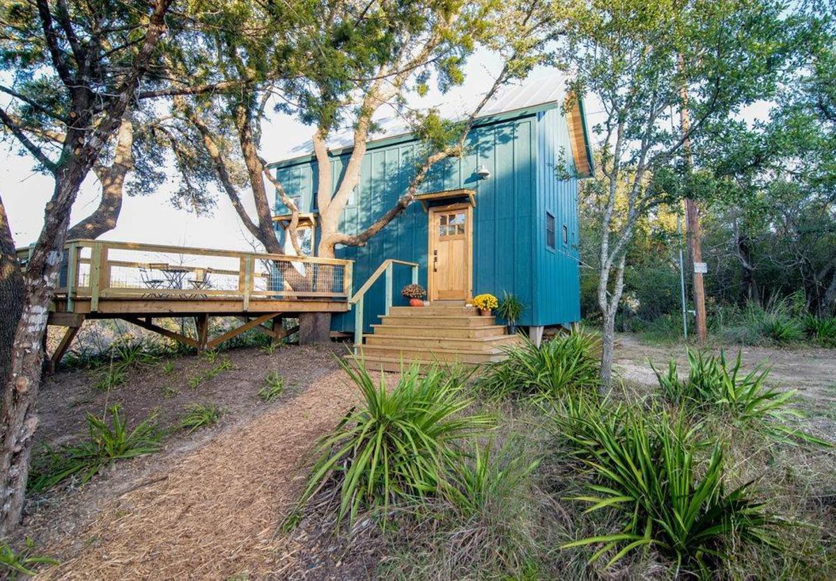 Honey Tree Cabin