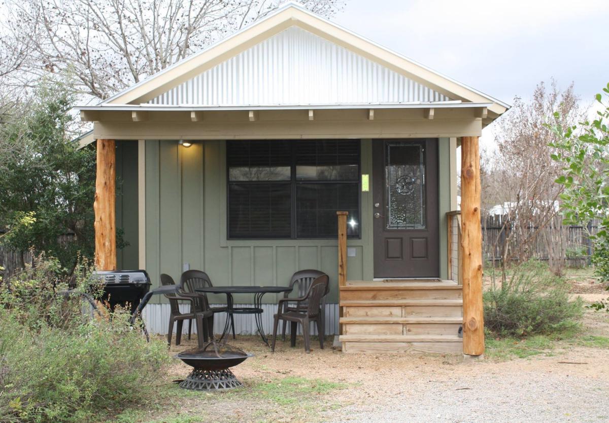 Jellystone Camp-Resort Cabins New