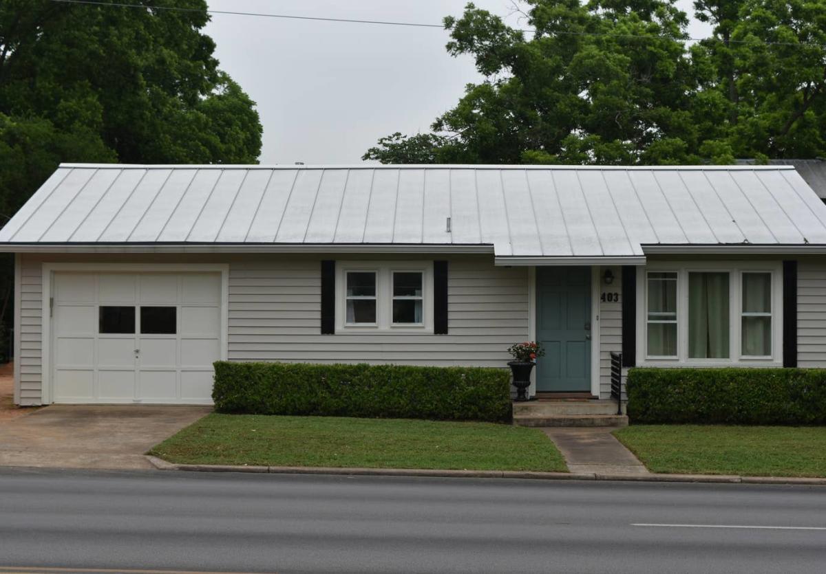 Llano Street Suites Guest Haus New