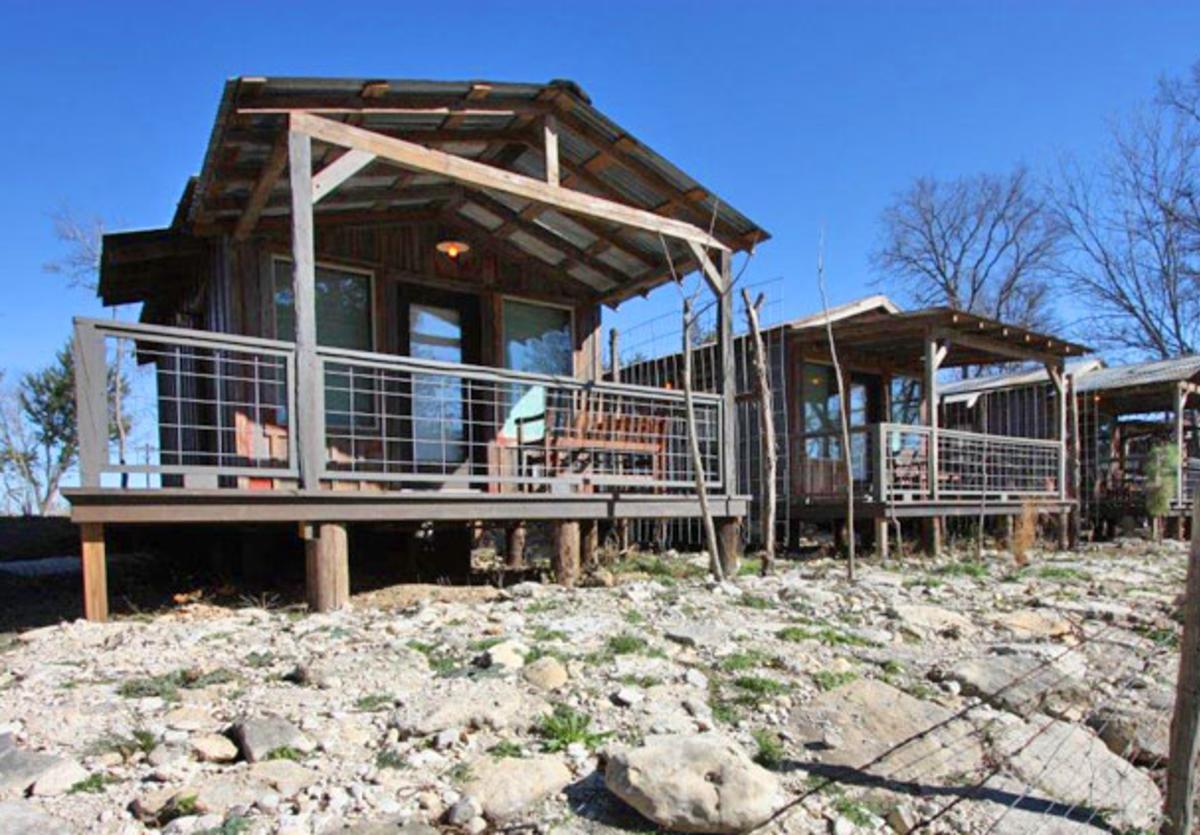 Luckenbach Lodge