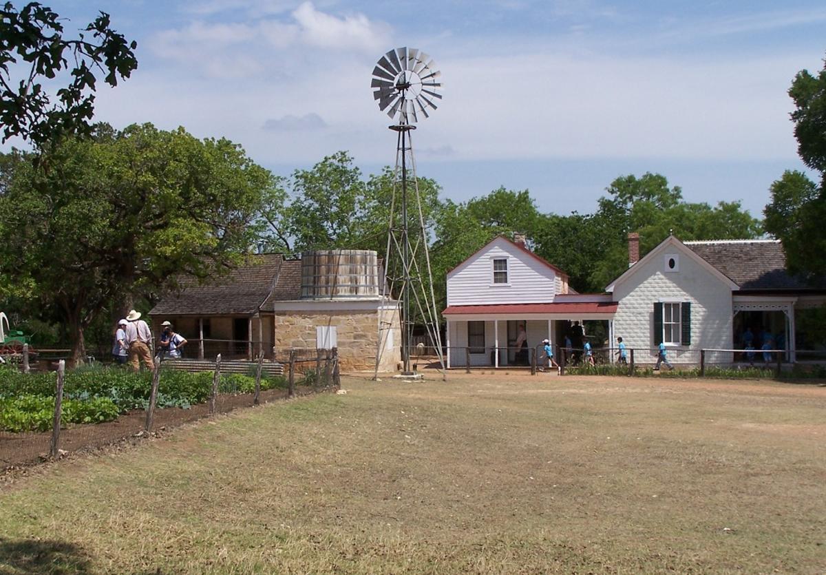 Lyndon B. Johnson State Historical Park Sauer-Beckmann Living History Farm 1