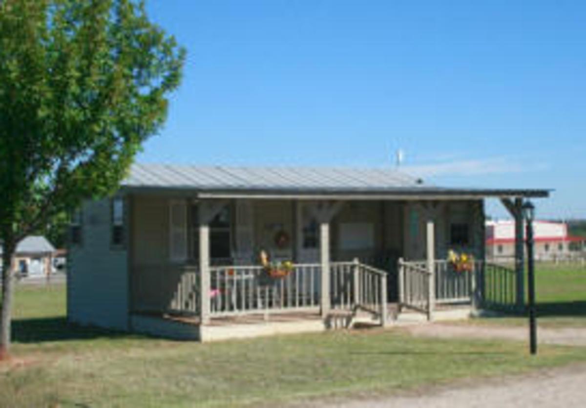 Peach Country RV Cozy Cabin