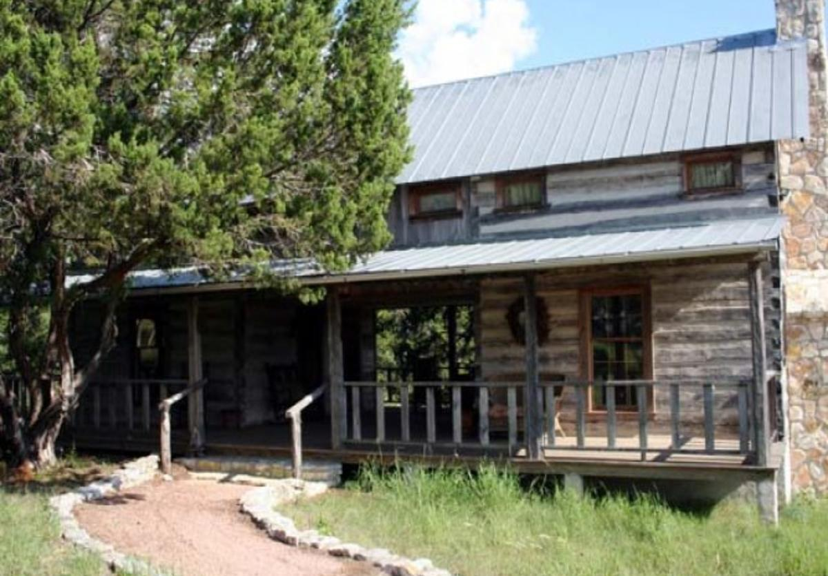 Tanglewood Farms - Will's Cabin Suites 1 and 2 1