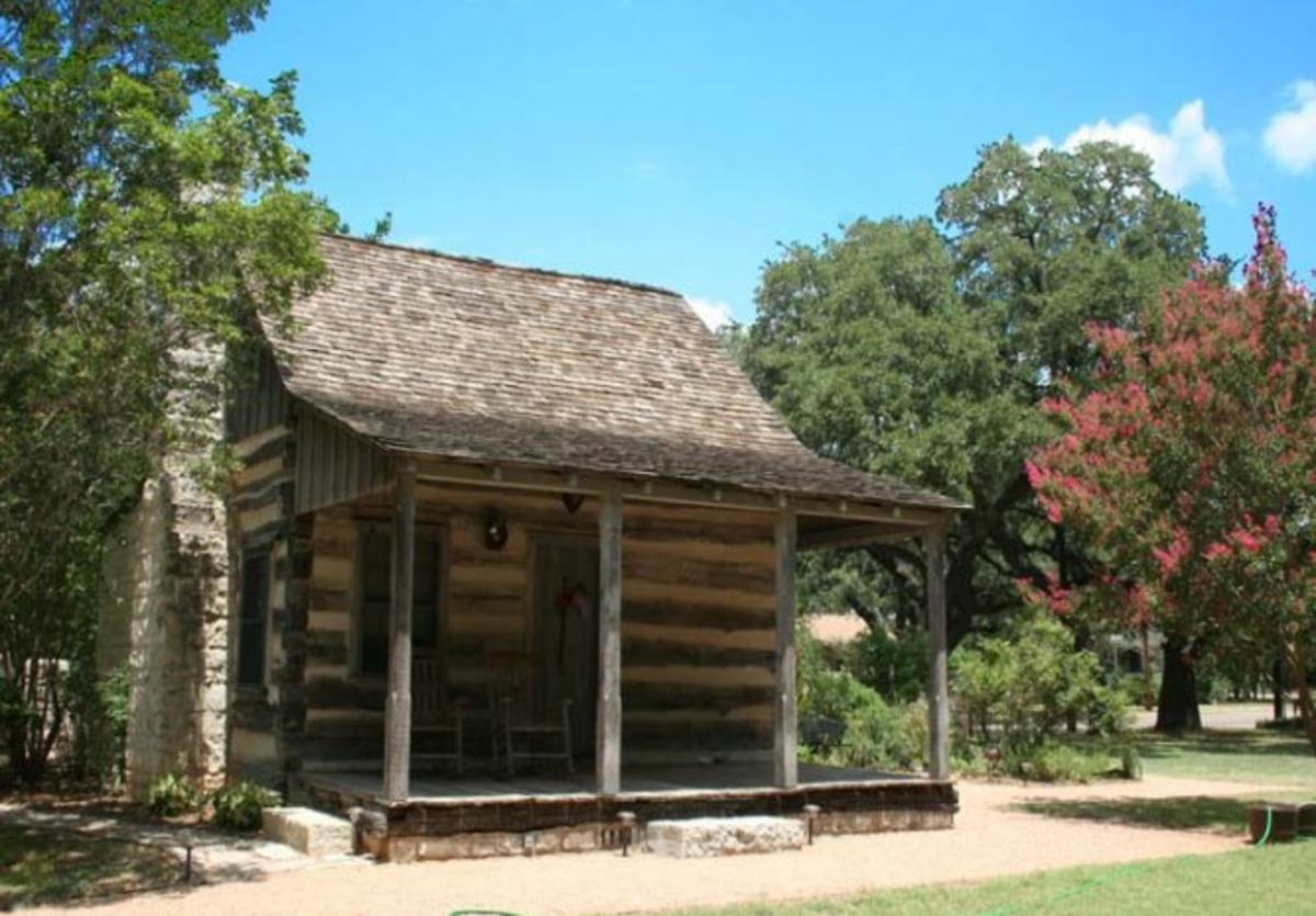 Town Creek Log Cabin 1