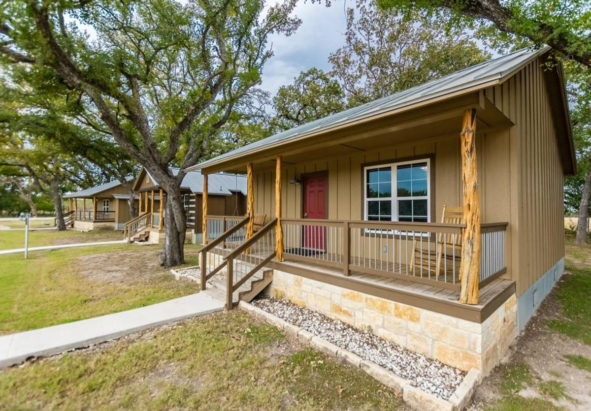 Vineyard Trail Cottages New