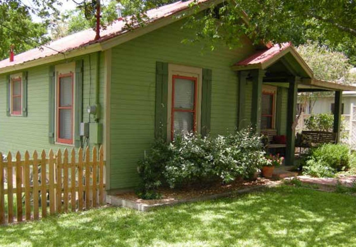 agape cottages 1