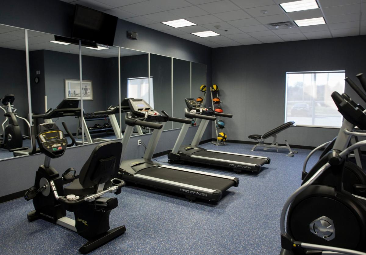 Holiday Inn Express gym
