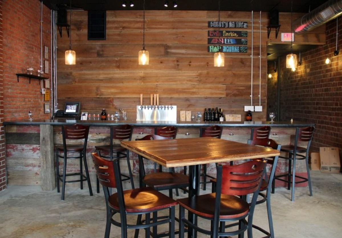 Recess Brewing interior