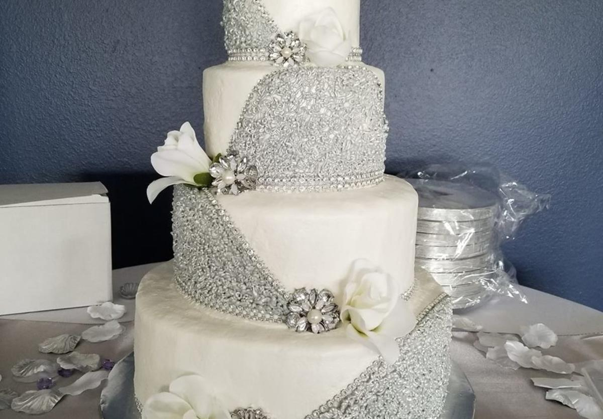 Silly Grandma's wedding cake