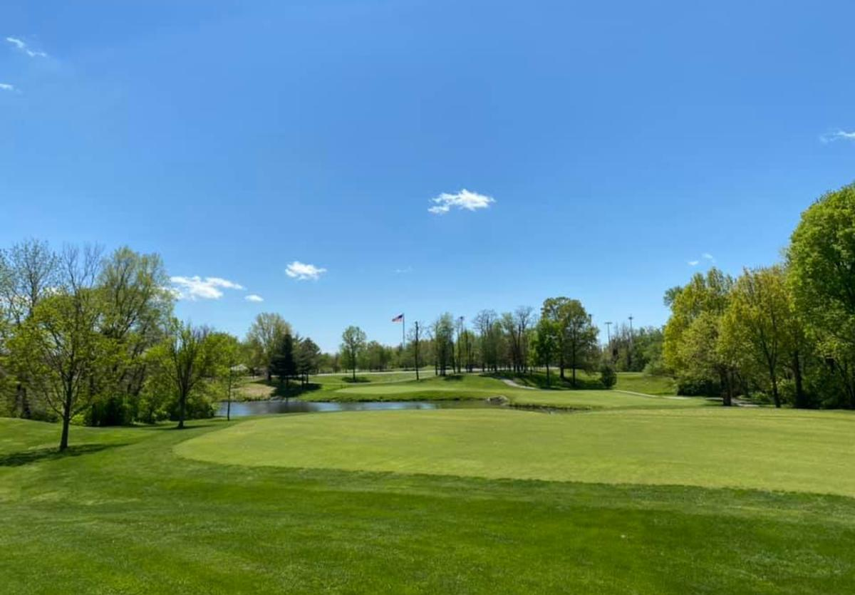 Spencer T. Olin Golf Course in Alton