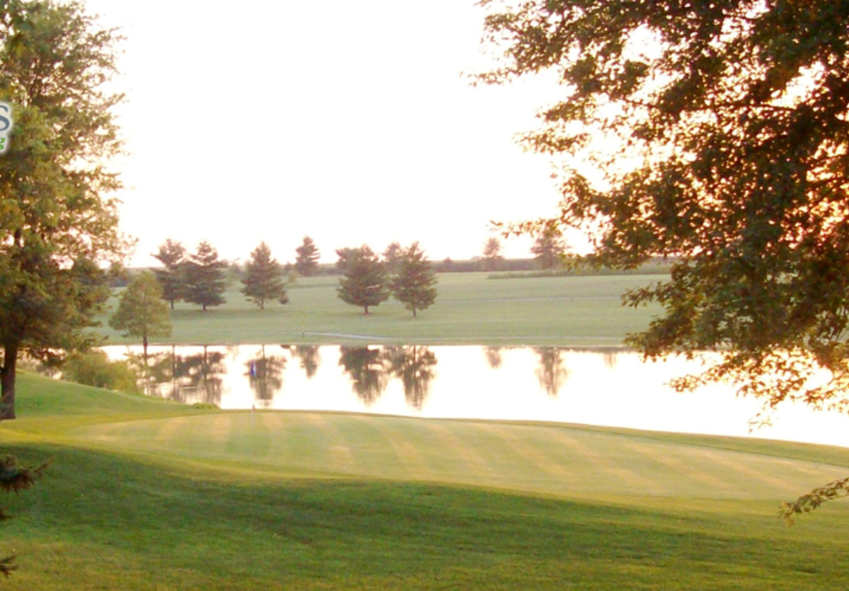 Wolves Crossing Golf Course in Jerseyville