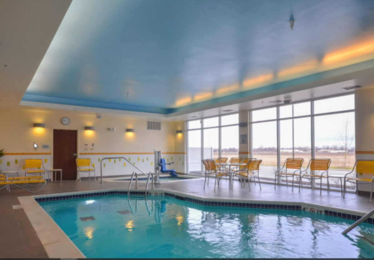 Fairfield Inn & Suites Indoor Heated Pool