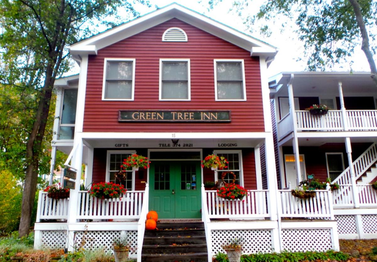 Green Tree Inn in Elsah, Illinois