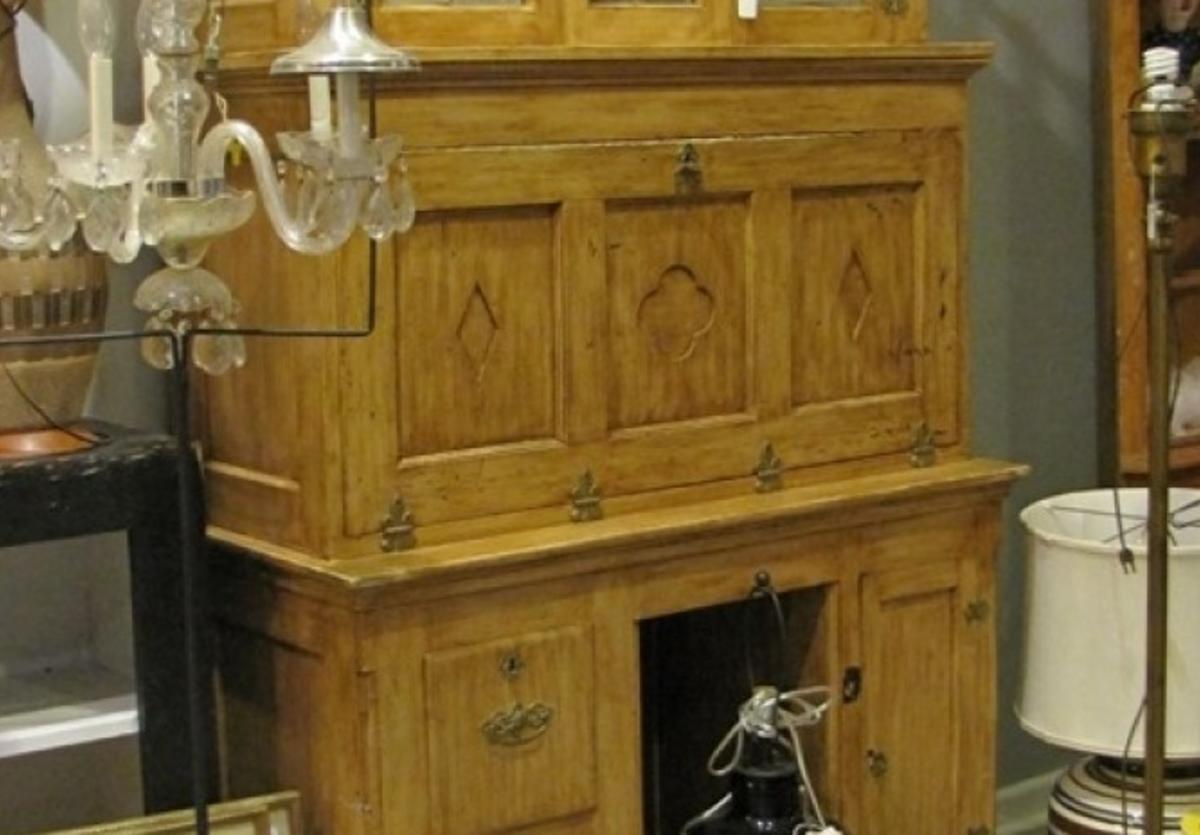 phyllbena's antiques furniture