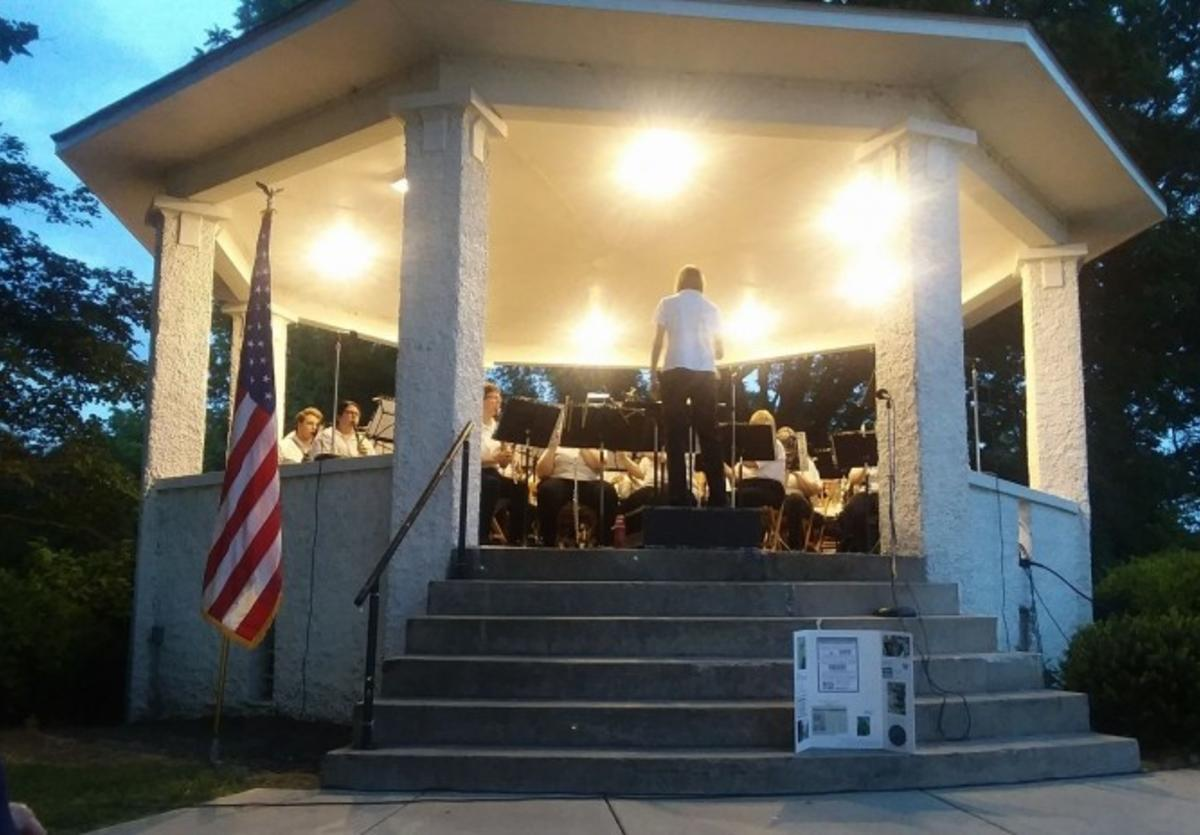 Alton Muny Band at Riverview Park
