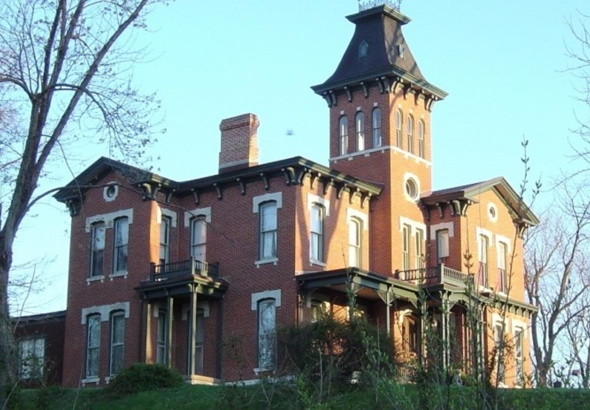 Middletown Historic District in Alton, Illinois