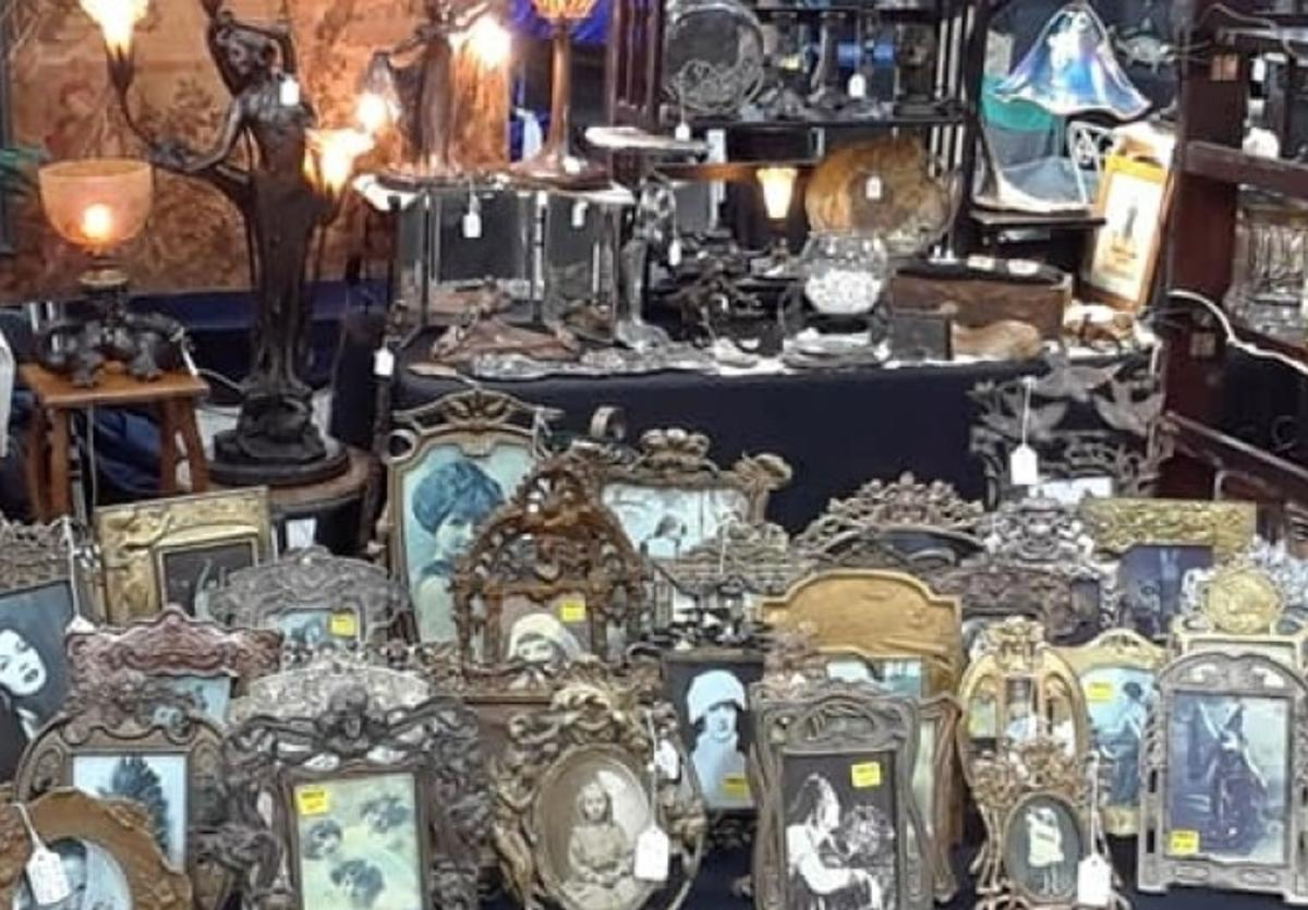 Twisted Whiskers Antiques