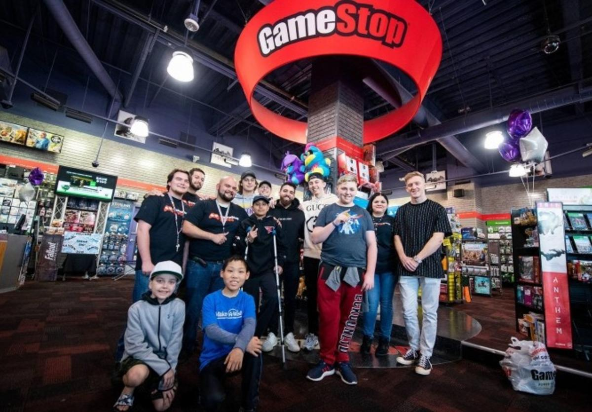 gamestop litchfield people