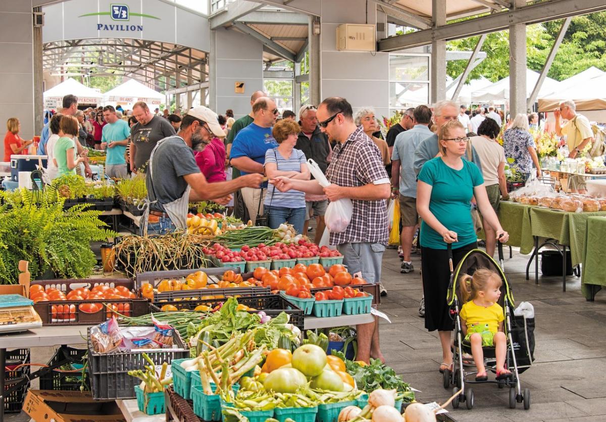 Downtown-Farmers-Market-medium