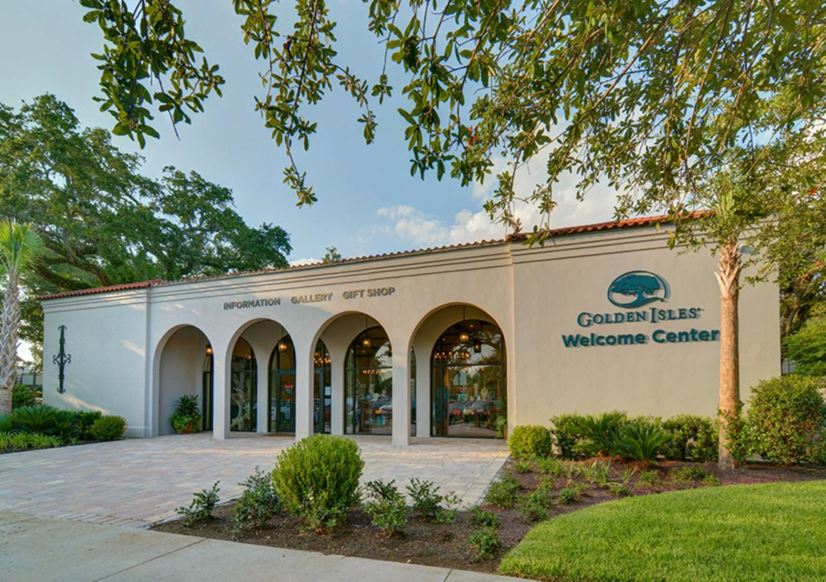 The main entrance of the St. Simons Welcome Center.