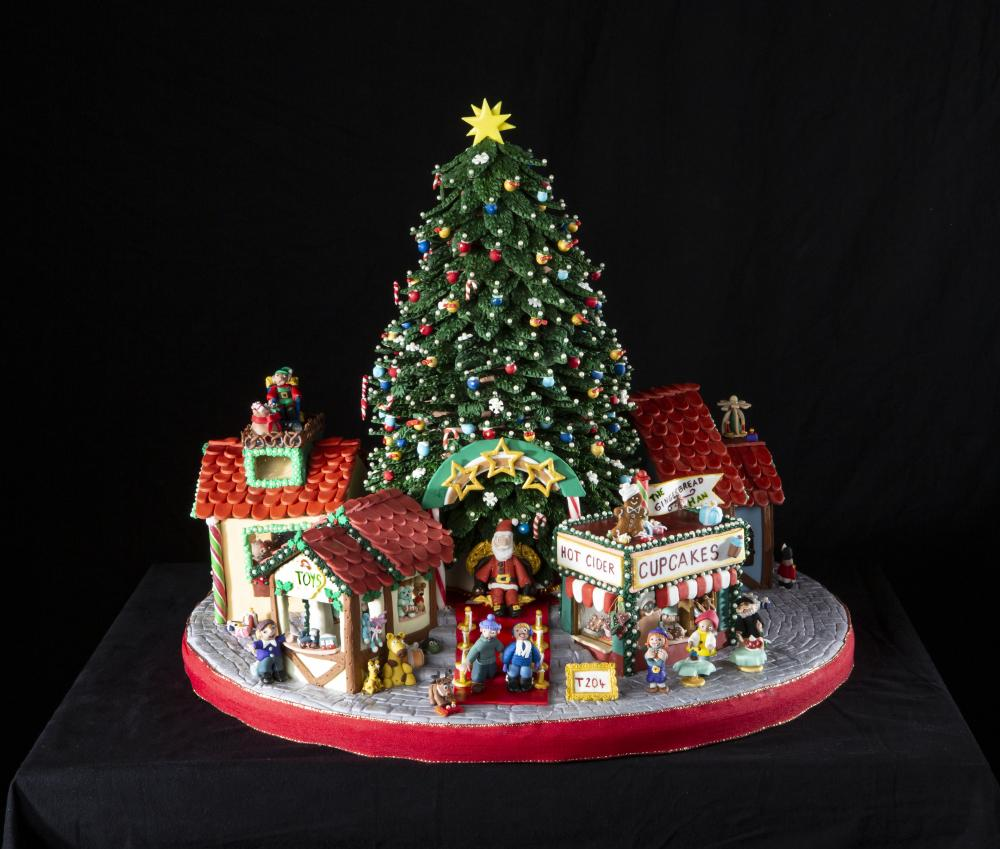 2019 National Gingerbread House Competition Teen First Place