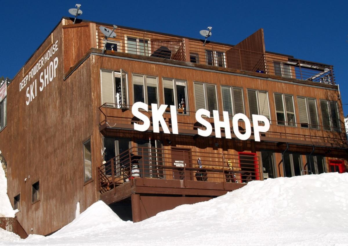Deep Powder House Ski Shop