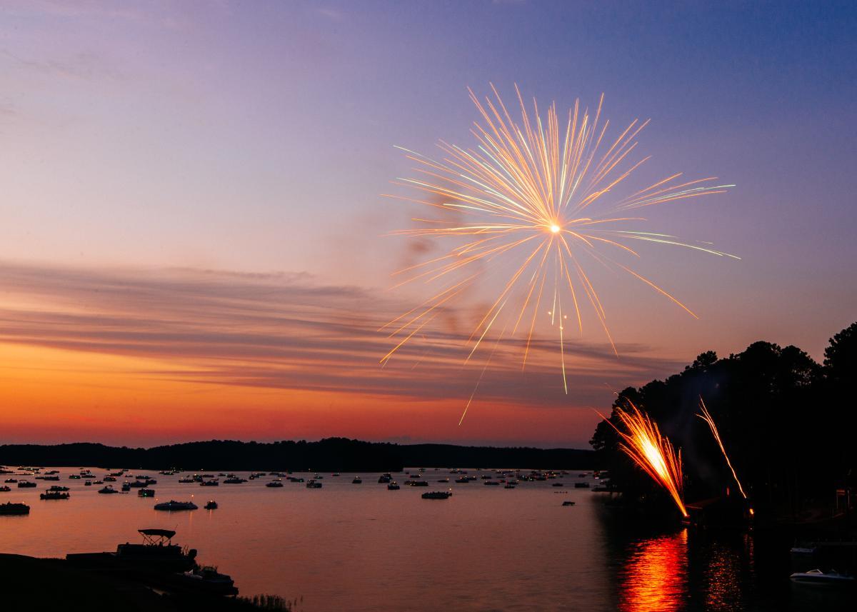 Lake Sinclair Fireworks