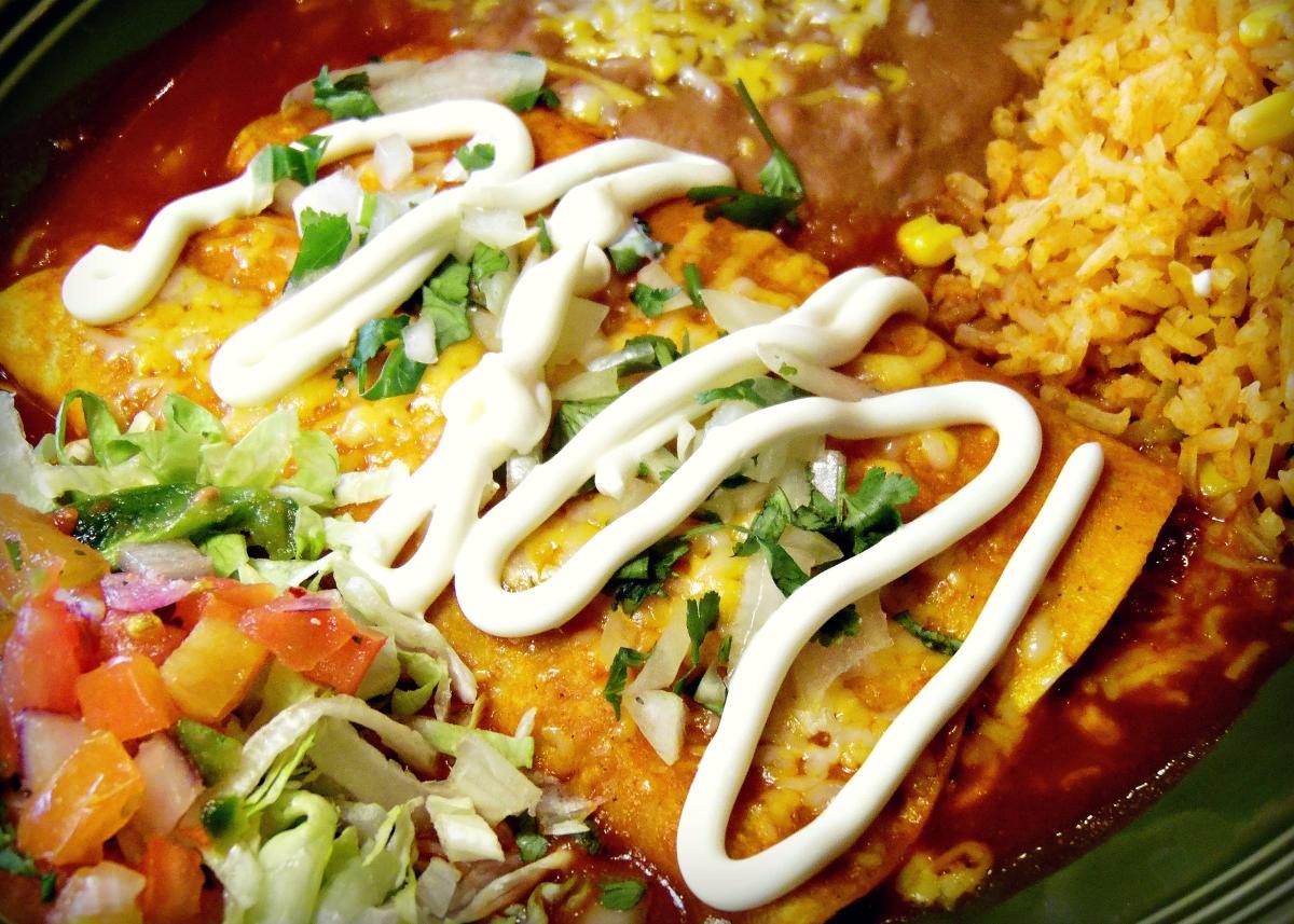 Dos Gringos Enchilada Plate