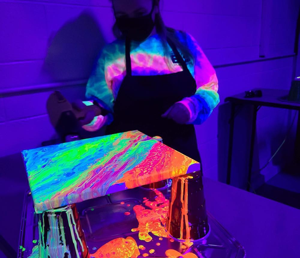 Neon Fluid Painting Workshop